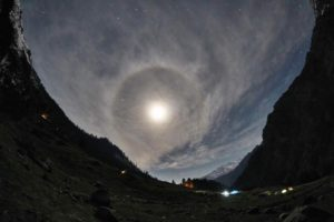 Moon from Kheerganga Trek